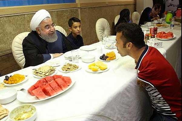 دیدار پدیده انتخابات شوراهای استان بوشهر با رئیس جمهور +عکس