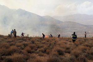 آتش سوزی در مناطق کوهستانی جم مهار و خاموش شد/ ۵۰۰ هکتار از مراتع جم در آتش سوخت